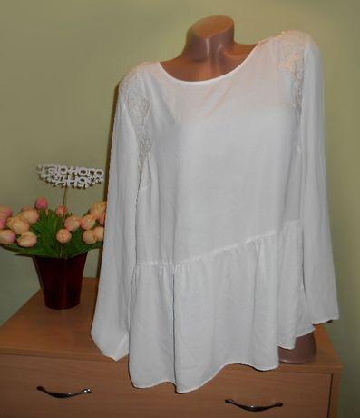 блузка молочного цвета 52 размер с кружевом макраме
