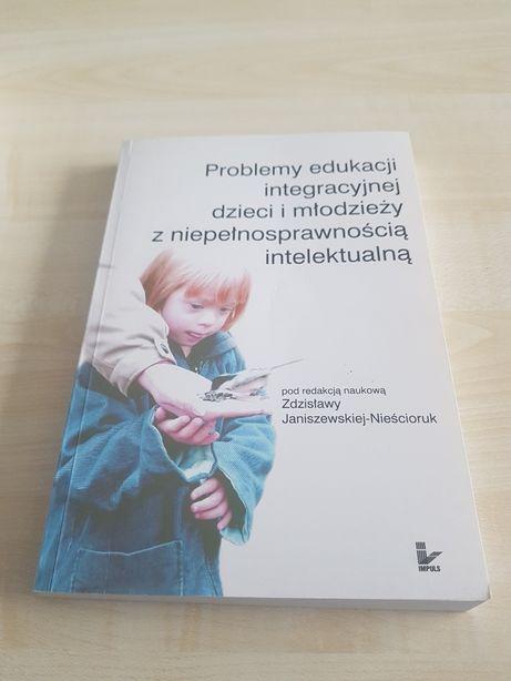 Książka Problemy edukacji integracyjnej dzieci i młodzieży z niepełnos