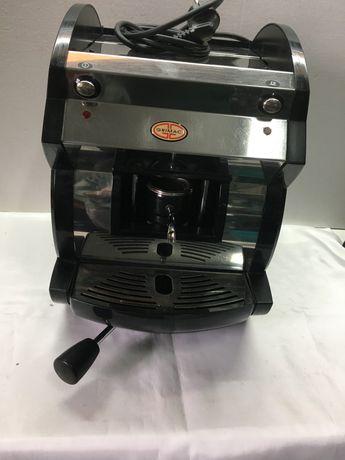 Maquina cafe em bom estado