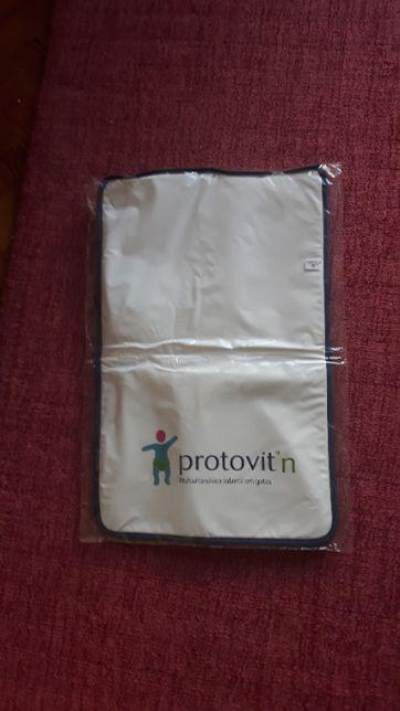 Muda Fraldas de Bebé com Publicidade a Medicamentos