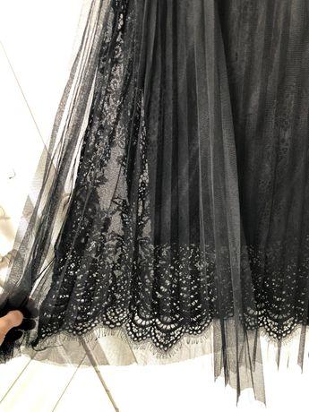 Czarna plisowana spódnica midi (38) Reserved