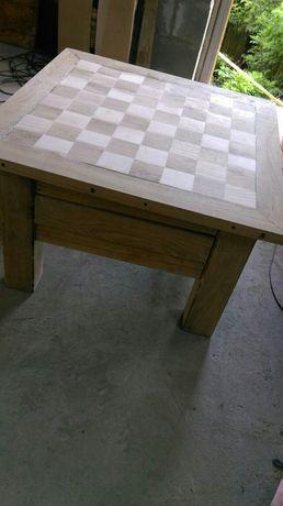 продам шахматний столик