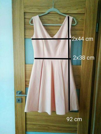 Różowa sukienka, rozmiar M