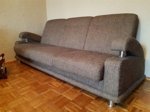 Komplet wypoczynkowy, kanapa, fotele i pufy