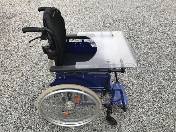 Wózek inwalidzki aktywny jump beta bts z oparciem jay j3 plus stolik