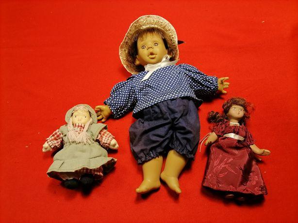 Lote de bonecos, dois de porcelana.