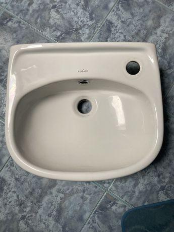 Umywalka cersanit 40x35
