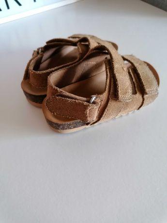 Sandália menino Zara
