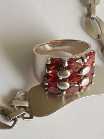 Piękny srebrny stary pierścionek