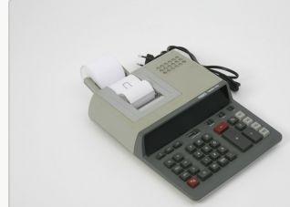 Calculadora Eléctrica MBO 1980 PD alimentador de papel. Funciona 15€