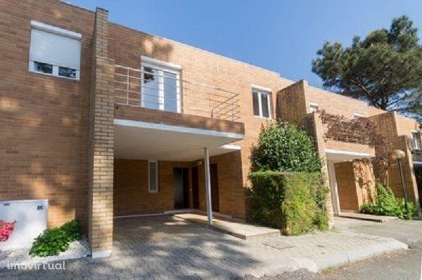 Moradia T3 Condomínio LUXO - A/C - Lareira - Quinta Da Barca -Golf