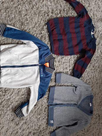 Bluzki sweterki chłopięce