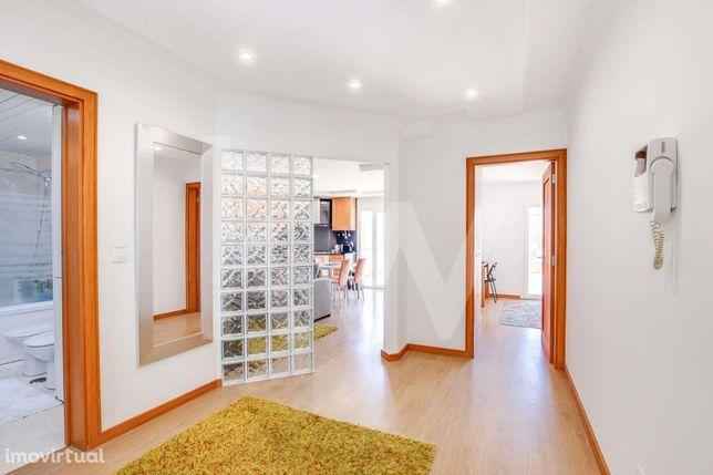 T1+1 com  um magnifico Terraço de 50 m2