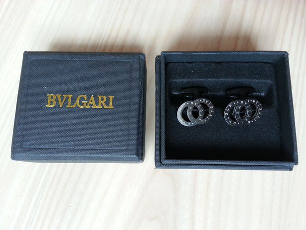 Запонки Bvlgari в подарочной коробке