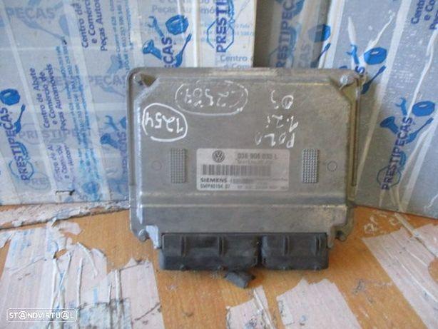 Centralina 03E906033L VW / polo / 2003 / 1.2i / SIEMENS /