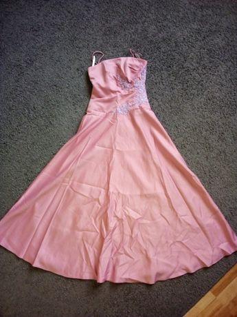 Sukienka z koronką pudrowy róż