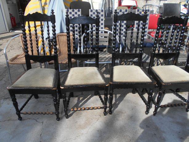 Krzesła zabytkowe