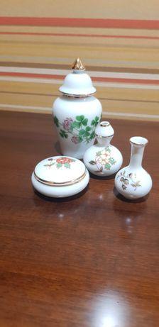 Lote de 4 miniaturas em porcelana  da PORART.