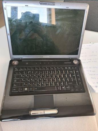 Ноутбук Toshiba A300-15E на запчастини або відновлення