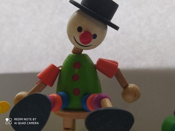Деревяные игрушки клоун и лошадки набор