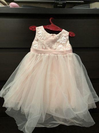 Платье для девочки на возраст 1-1,5года