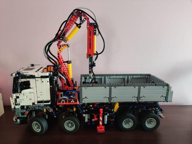 Lego TECHNIC 42043 Mercedes AROCS pneumatyka