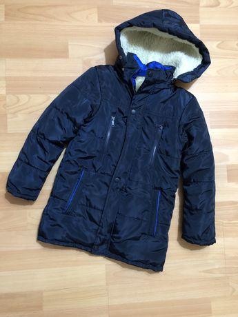 Зимняя куртка на подростка 10-11 лет утепленная
