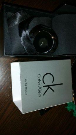 Relógio Calvin Klein Ray novo