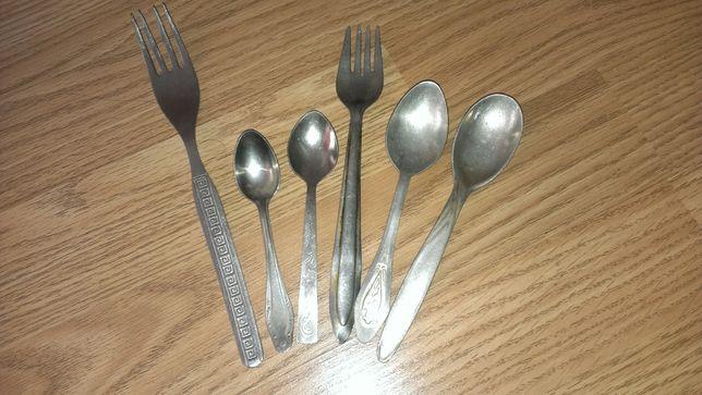Посуда, ложки и вилки