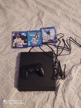 Witam sprzedam konsole PS4