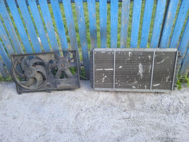 Продам радіатор з вентилятором на Пежо(боксер)