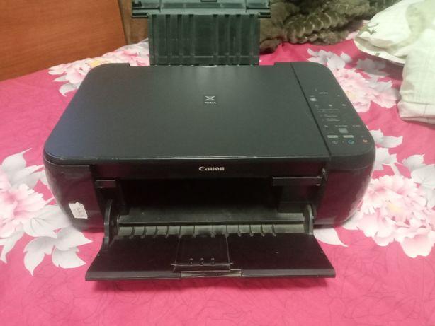 Цветной принтер-сканер Canon pixma
