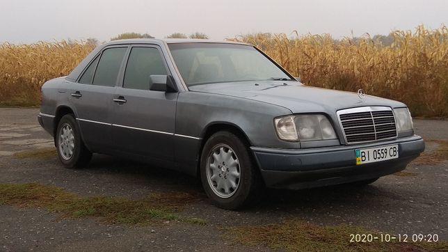 Мерседес W124 250D