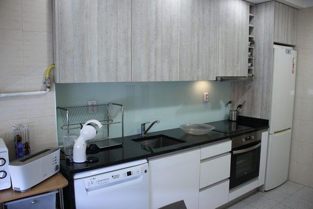Vendo apartamento T2 na praia Amorosa Viana do Castelo