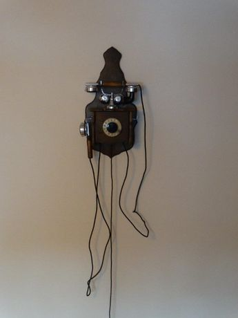 Zabytkowy Telefon Baron