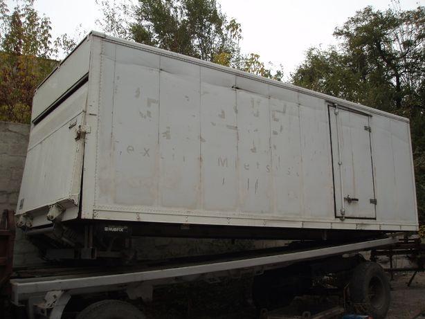 будка мебельная 6 метров с гидробортом с авто Мерседес