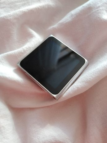 Apple iPod nano ekran dotykowy srebrny 10gb