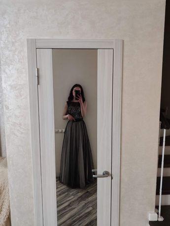 Выпускное вечернее чёрное платье