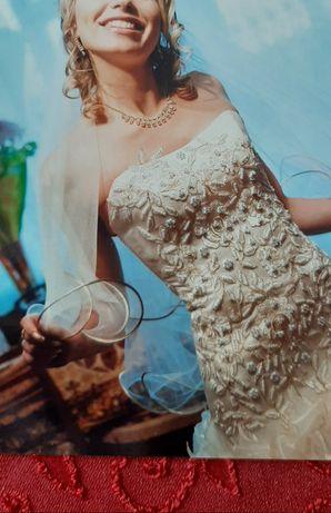 Платье свадебное,фата.Цвет шампань.
