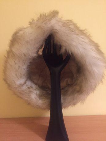 Nowa czapka zimowa z futerkiem