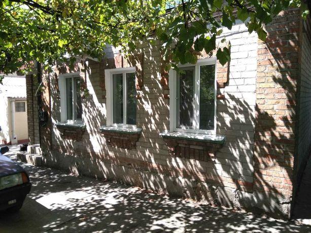 Продам два частных дома в одном дворе