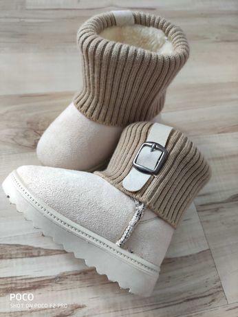 Buciki dziecięce kozaczki jesień zima ocieplane buty