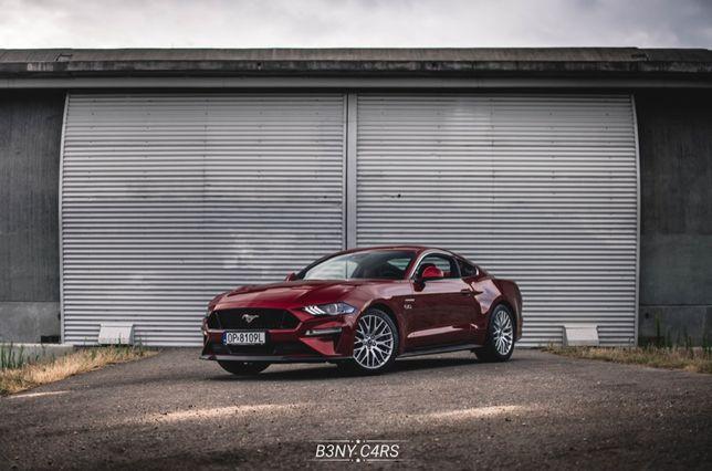 Wypozyczalnia samochodow sportowych Mustang ford wynajem auto do ślubu