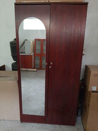 Шкаф для одежды на дом