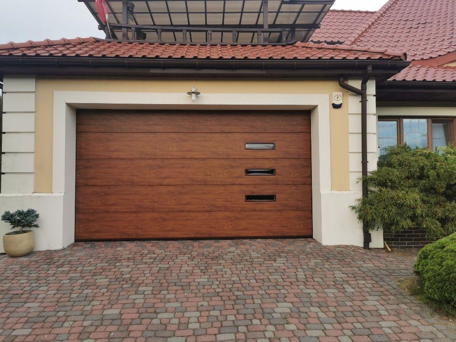Producent Brama garażowa segmentowa Bramy garażowe przemysłowe 4*2,40