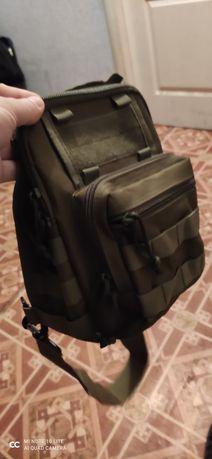 Продам тактическую сумку 120 грн б/у