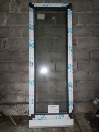 Okno PCV nowe 870 X 2300
