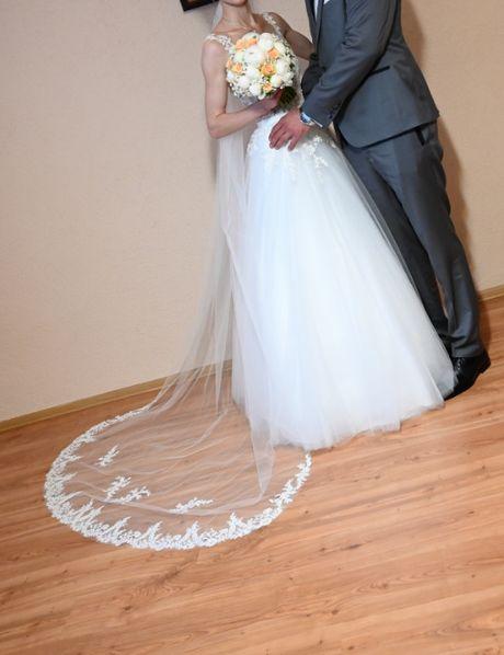 Suknia ślubna +2 welony