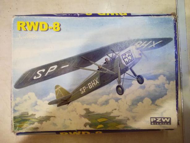 RWD - 8
