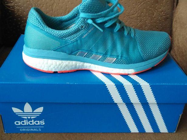 Кроссовки Adidas,профессиональная обувь для занятия спортом(39 р,25см)